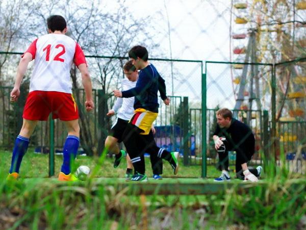 Футбол игра народная