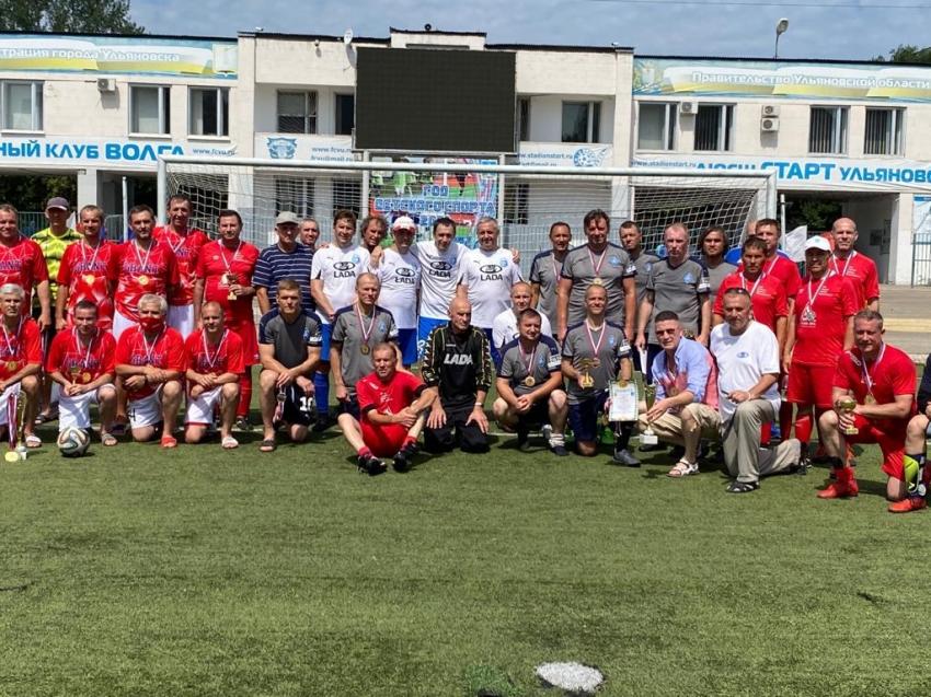 Первенство по футболу среди ветеранов старше 50 лет в Ульяновске 2021 год