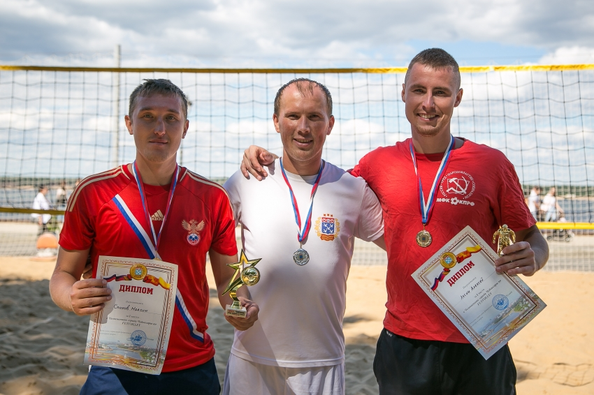 Чемпионы футволея Лесин и Спинов