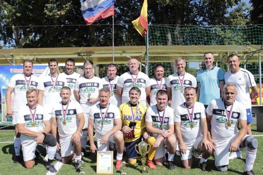 КАМАЗ Набережные Челны победитель турнира в Чебоксарах
